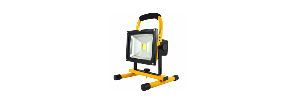 Projecteur LED portable de chantier rechargeable jaune